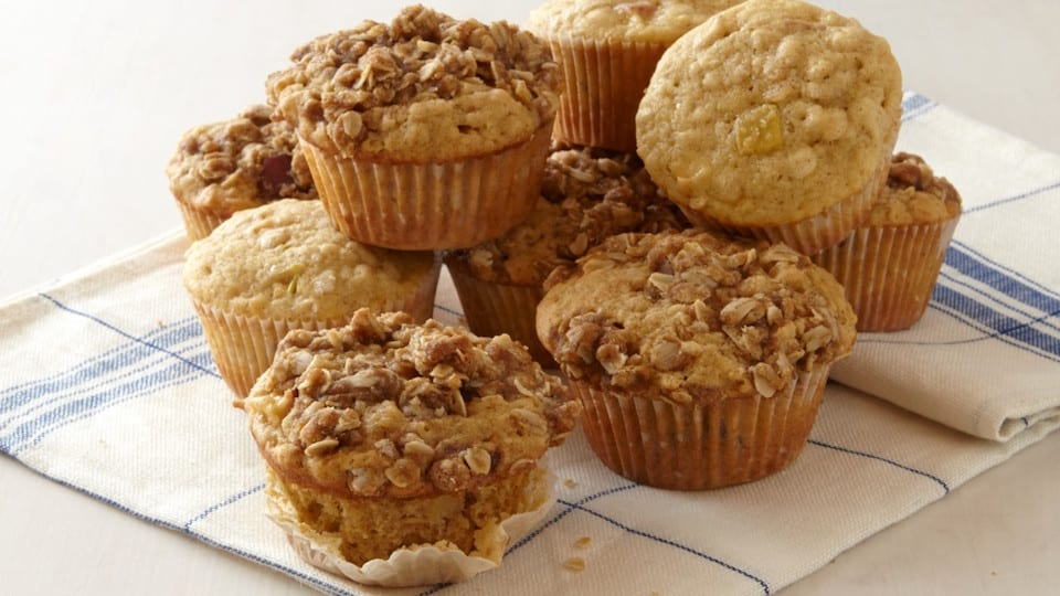 5-INGREDIENT BLENDER MUFFINS